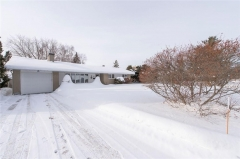 Real Estate Listing   64 RIDGEFIELD CRESCENT Nepean